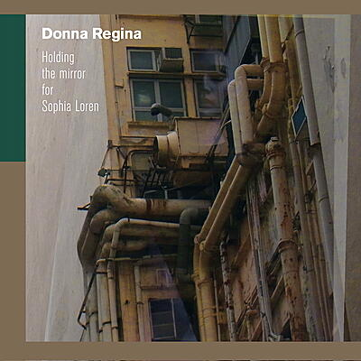 Donna Regina - Holding The Mirror For Sophia Loren